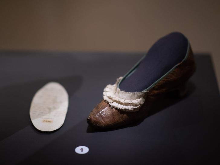 Фото №12 - Самая модная королева в истории: как выглядел и сколько стоил гардероб Марии-Антуанетты