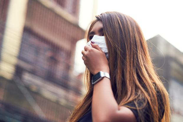Фото №2 - Почему аллергикам стоит сделать прививку от коронавируса до окончания холодов
