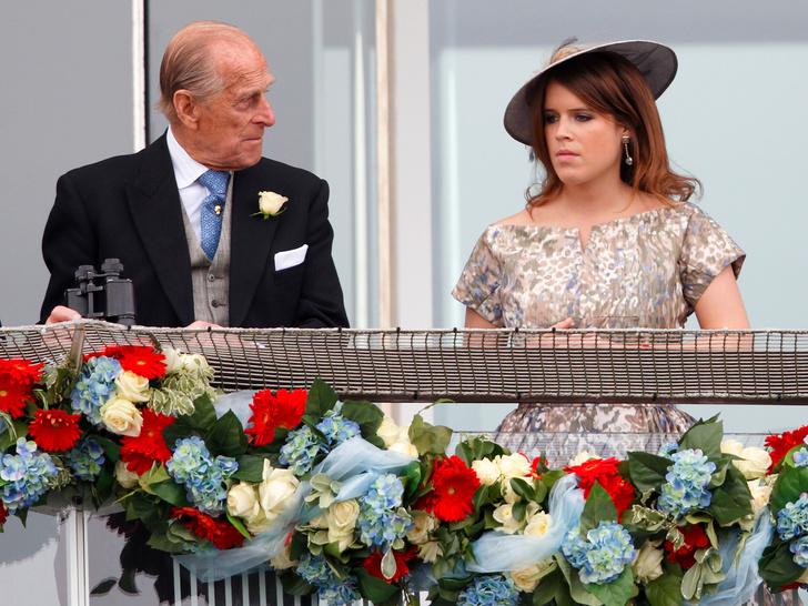 Фото №3 - Любящий дедушка: самый трогательный свадебный подарок принцессы Евгении, который она получила от принца Филиппа