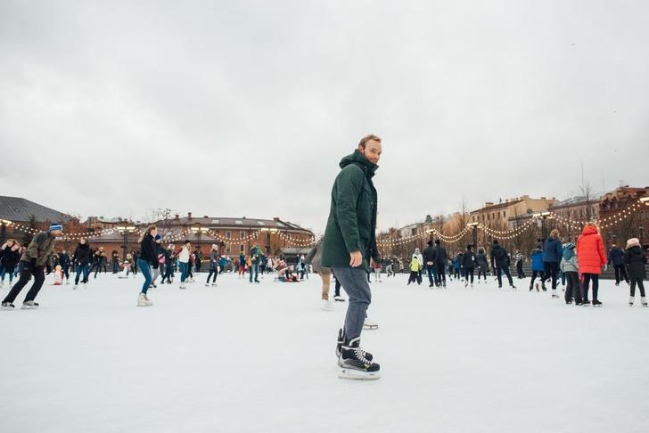 Фото №1 - Где покататься на ватрушках и коньках в Петербурге