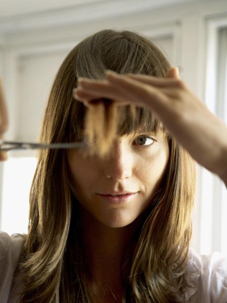 стрижки челки 2020 модная удлиненная рваная косая длинная шторка французская голливудская отросшая корейская боковая челка виды фото