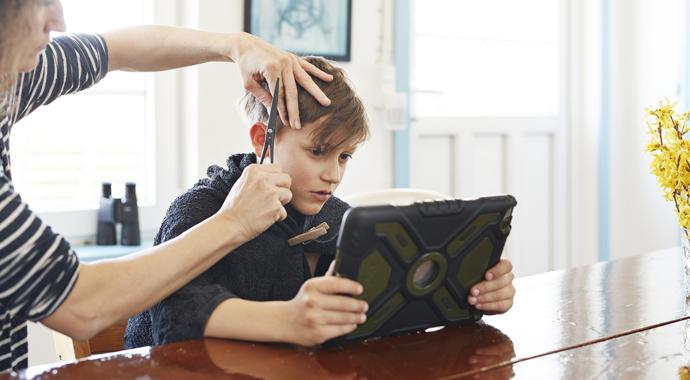 Дети и гаджеты: как установить правила и сохранить хорошие отношения с ребенком?