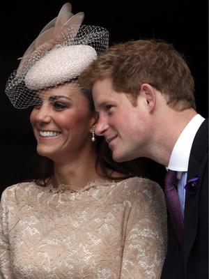Фото №4 - Особая связь: самые трогательные и забавные фото Гарри и Кейт