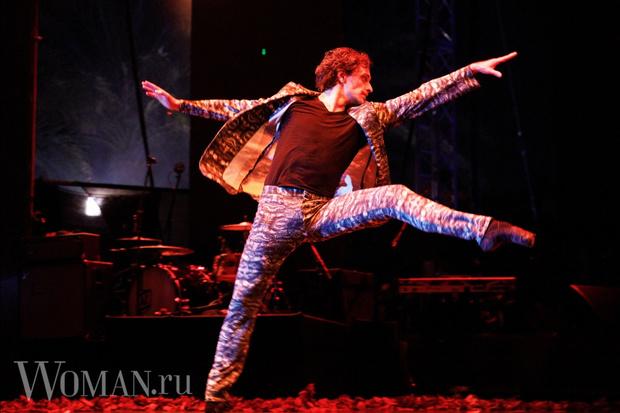 Фото №1 - Земфира впервые за долгое время дала концерт и растрогала зрителей до слез