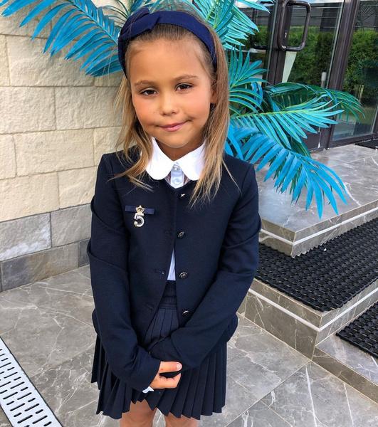 Фото №1 - «Шипучая вишня!»: темпераментная Лея, дочь Джигана и Оксаны Самойловой, празднует 6 день рождения