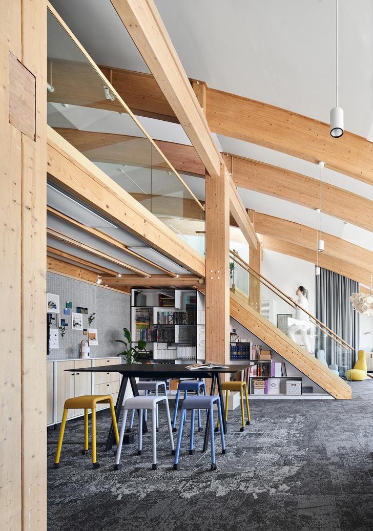 Фото №4 - Уютный офис в скандинавском стиле с верандой в Петербурге