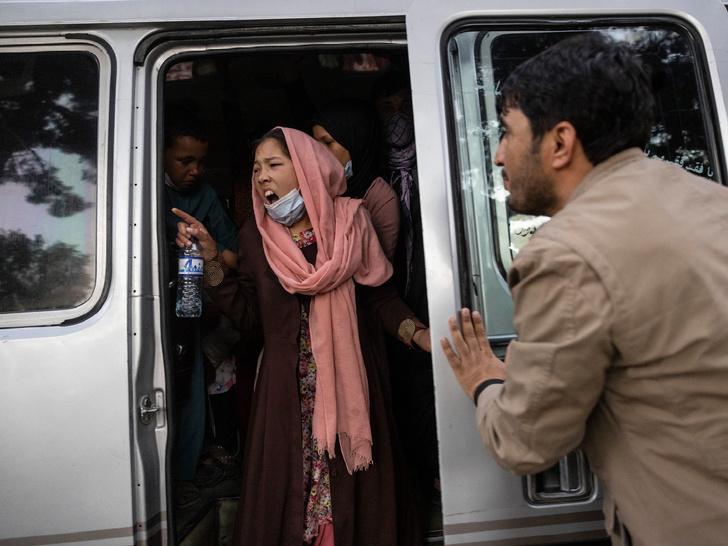 Фото №2 - Убийства, пытки и сексуальное насилие: что ждет женщин Афганистана при «Талибане»