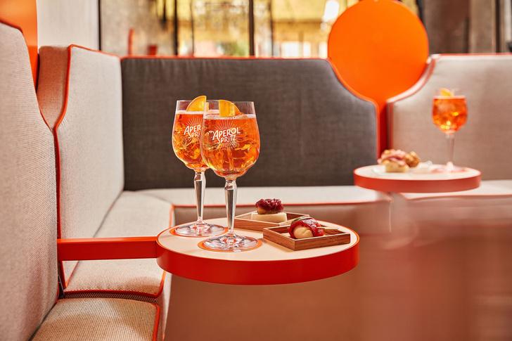 Фото №11 - Новый бар Aperol в Венеции по проекту Vudafieri-Saverino Partners