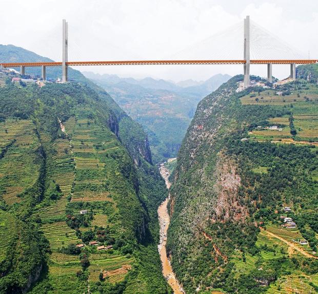 Фото №1 - 15 самых-самых мостов