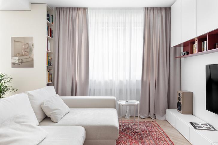 Фото №7 - Простота и функциональность: белая квартира 45 м²