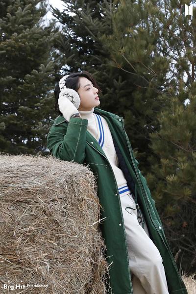 Фото №39 - Снежные ангелы: Big Hit Entertainment выложил 65 новых фото BTS 😍