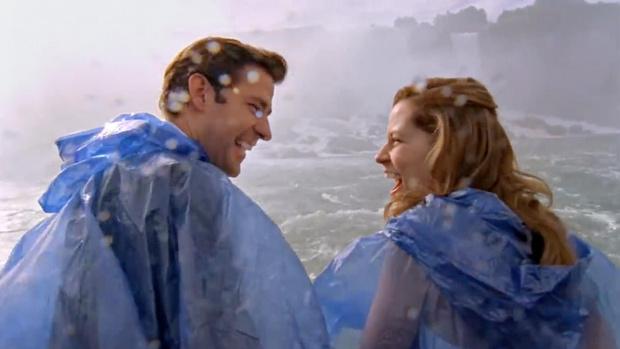 Фото №3 - Топ-10 самых романтичных свиданий из сериалов