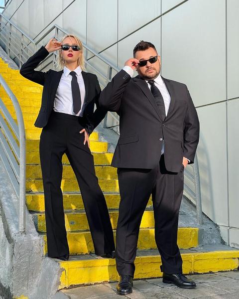 Фото №1 - Как одеться в деловом стиле по-современному: берем пример с Клавы Коки