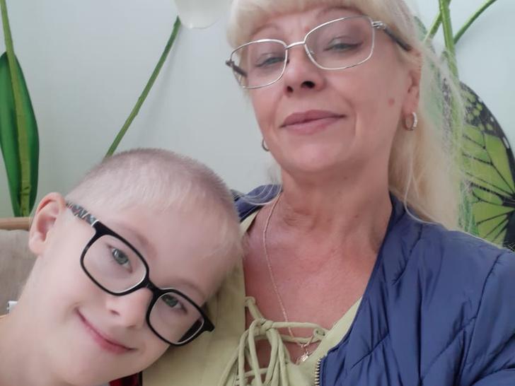 Фото №1 - «Когда сыну поставили диагноз, у меня была жуткая депрессия— помощи не было ниоткуда»: монолог мамы ребенка с синдромом Дауна