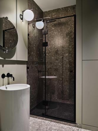 Фото №13 - «Манхэттенская» квартира с винтажной мебелью 136 м²