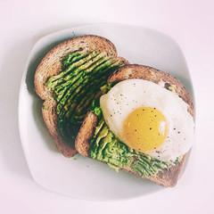 Фото №2 - Тест: Приготовь завтрак, а мы скажем, кто ты из «Ривердейла»