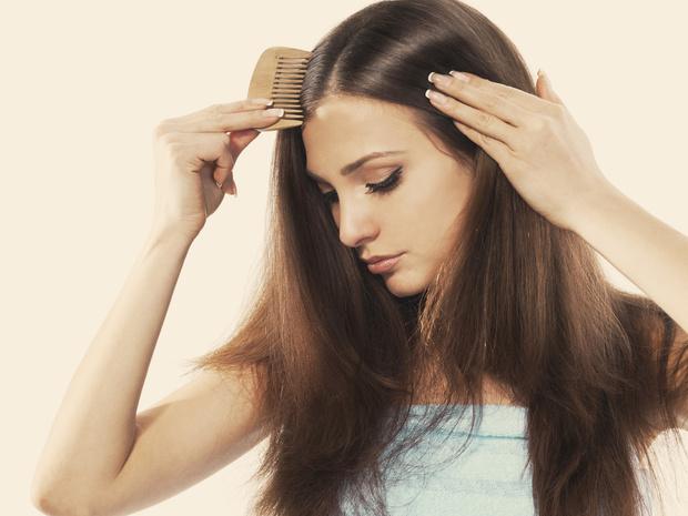 Фото №1 - Почему волосы электризуются зимой, и как быстро решить эту проблему
