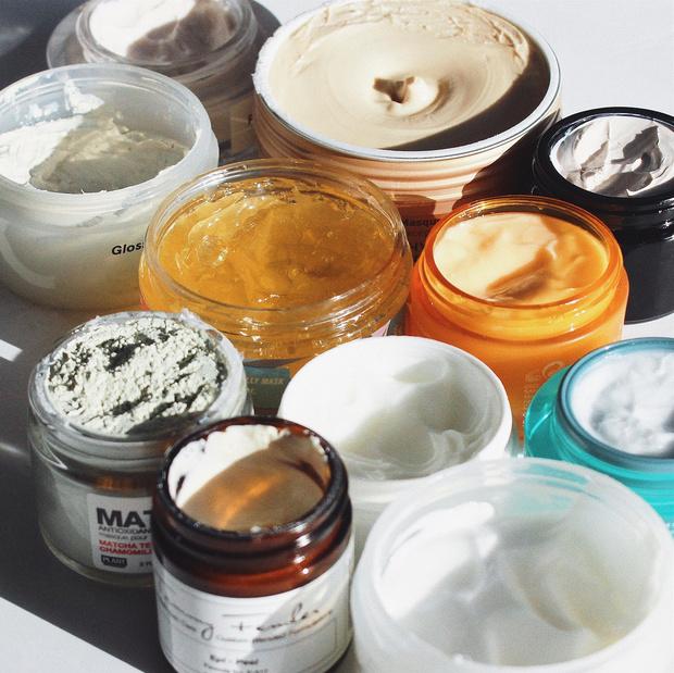 Фото №5 - Маски-пленки, тканевые, альгинатные и глиняные: от чего они спасают и какая подойдет тебе