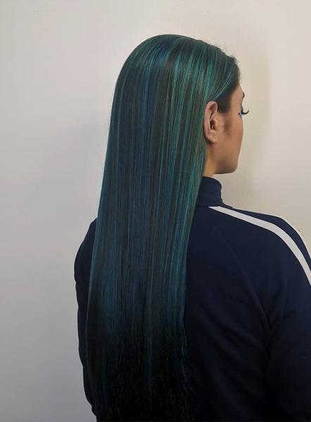 Фото №11 - Тренды осени 2021: самые модные окрашивания волос