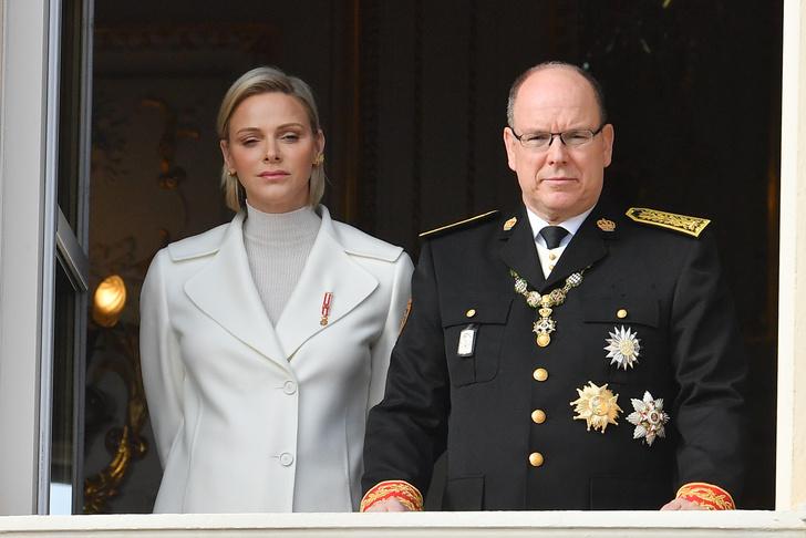 Фото №4 - Состояние тяжелое: княгиня Монако Шарлен подхватила смертельную инфекцию в ЮАР