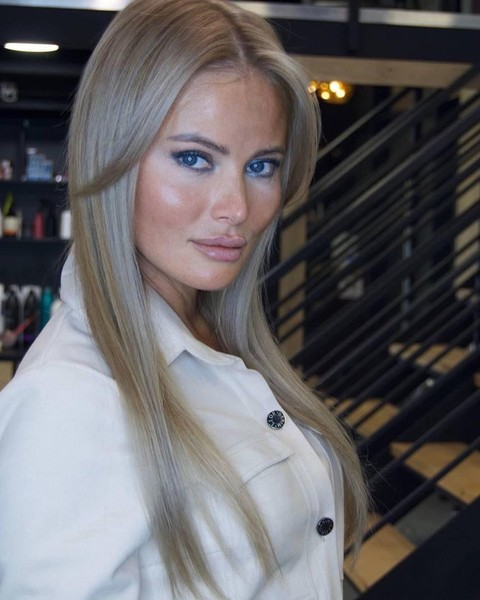 Фото №1 - «Я дно, но я искренняя»: Дана Борисова откровенно рассказала о комплексах, отношениях с дочерью и бывшем мужем