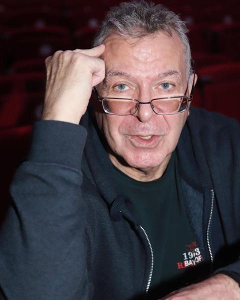 Андрей Ургант фото