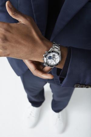 Фото №3 - Влюбленным в спорт: Zenith представил часы Chronomaster Sport