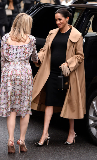 Фото №38 - Стильное положение: как одеваются беременные королевы, принцессы и герцогини
