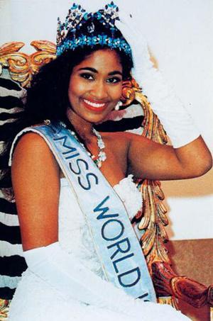 Фото №15 - Самые яркие победительницы «Мисс мира» за всю историю конкурса