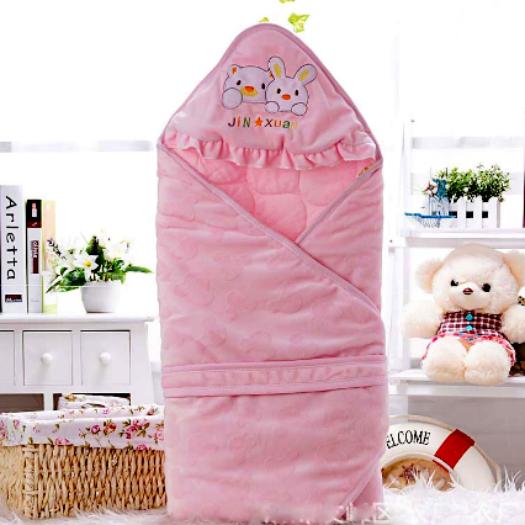 Фото №14 - Нос для подгузника и еще 13 бесполезных покупок для мам и малышей