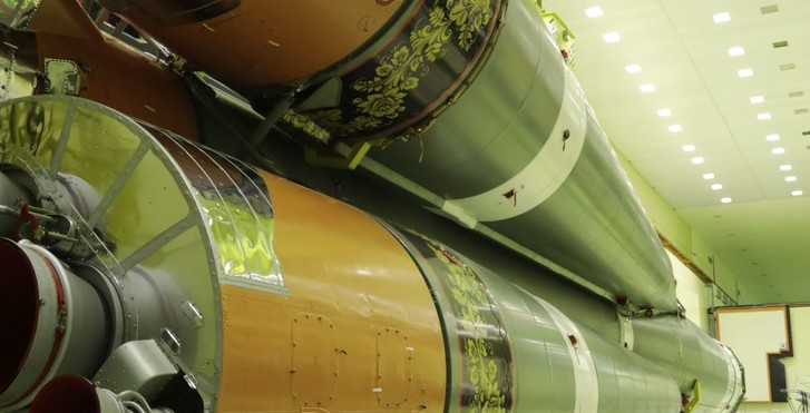 Фото №4 - Вот как выглядит ракета-носитель «Союз», расписанная под хохлому