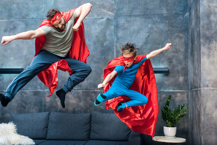 Не то смеяться, не то плакать: ужасно привлекательные костюмы супергеров с AliExpress