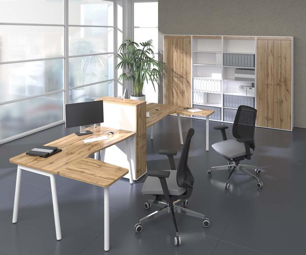 Фото №1 - Мебель для офиса: плавные формы и металл
