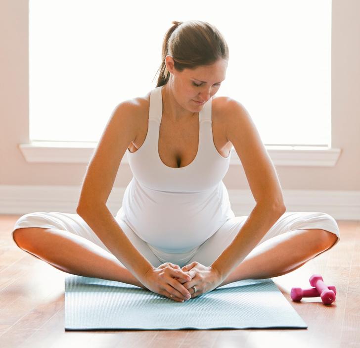 Фото №1 - Йога для беременных: позы, которые помогут облегчить роды