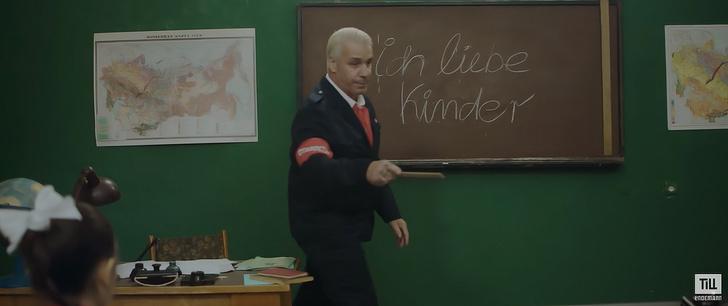 Фото №1 - Тилль Линдеманн из Rammstein в короткометражке недели: «Я ненавижу детей» (триллер, 2021, Германия-Россия, 21:50)