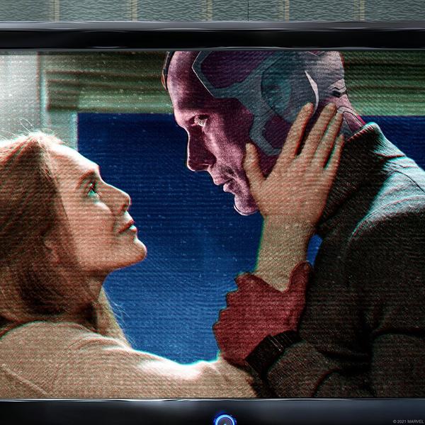 Фото №1 - Ну и дела! Marvel уволили актера озвучки за спойлер «ВандаВижн»