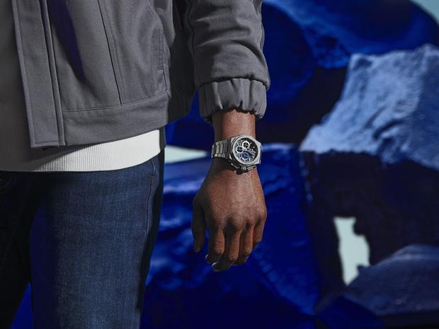 Фото №3 - Крупным планом: часы Zenith с граненым титановым корпусом, будто высеченным из камня