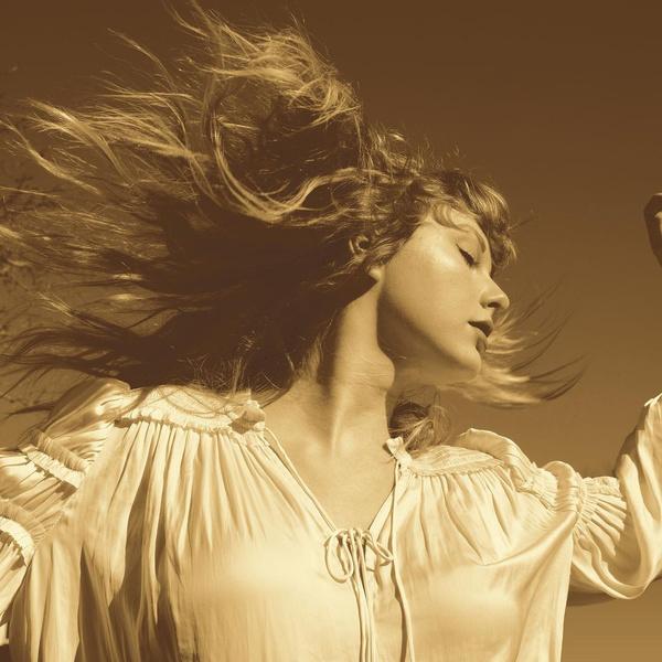 Фото №1 - Дождались! Тейлор Свифт выпустила новую версию своей старой песни «Love story»