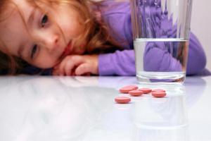Фото №4 - Дети и лекарства: ничего лишнего!
