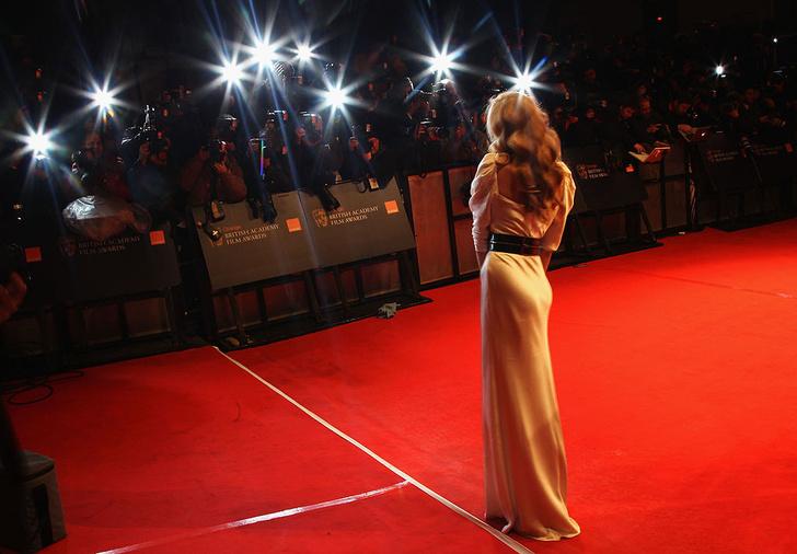 Фото №1 - Голливудская красотка похудела до 40 кг: угадай кто