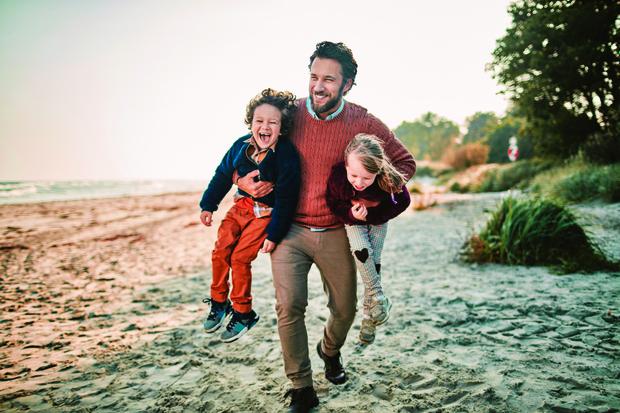 Фото №1 - Чем папы сыновей отличаются от отцов дочек: мнение психолога