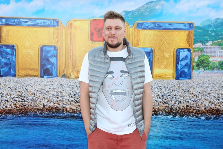 Александр Незлобин