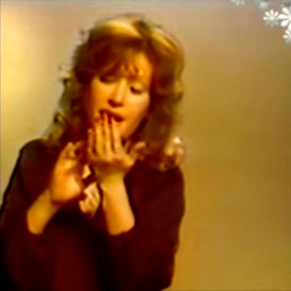 Фото №1 - Дочка Пугачевой скопировала маму в клипе 40-летней давности
