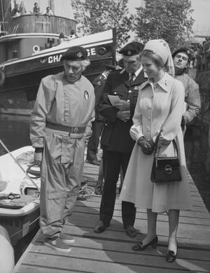 Фото №17 - Стильное положение: как одеваются беременные королевы, принцессы и герцогини