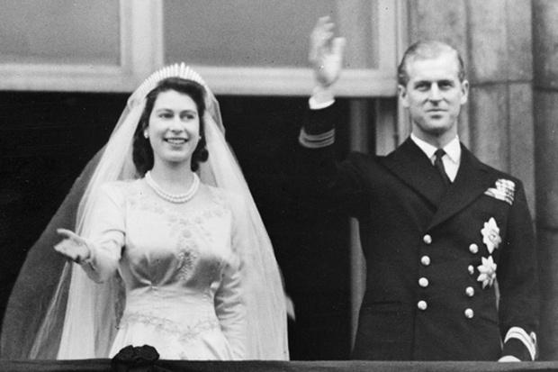 Фото №1 - Королевская любовь длиною в жизнь: Елизавета II и Филипп