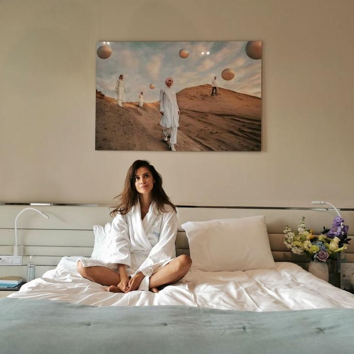 Фото №1 - Волнующе личные фото и видео Равшаны Курковой— восхищаемся в ее день рождения