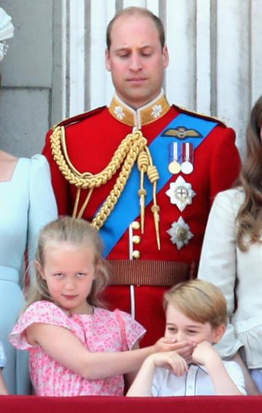 Фото №6 - Принцесса Шарлотта идет в школу в 4 года: она уже говорит по-французски, готовит, командует братом и ставит на место репортеров