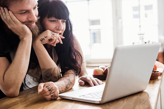 Если для девушки работа на первом месте заработок веб моделью отзывы