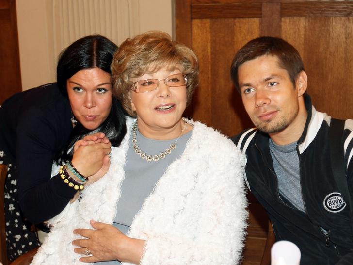 Эдита Пьеха с внуками фото, Стас Пьеха, Эрика Быстрова