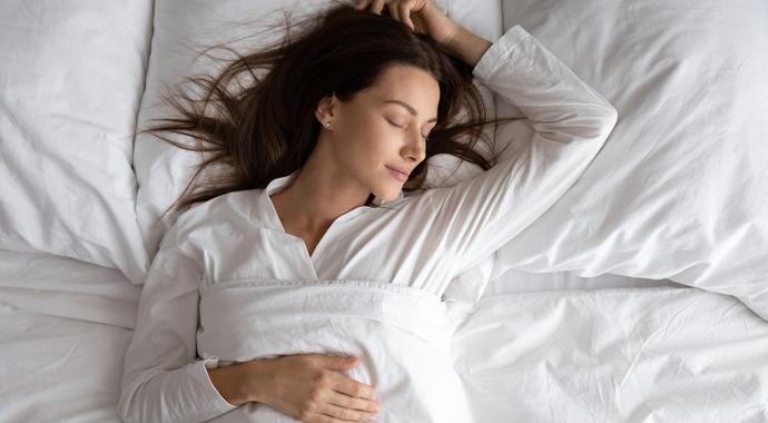 5 физиологичных поз для сна